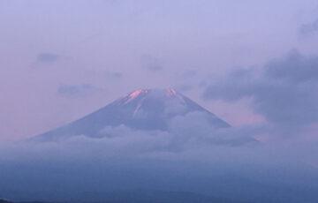 松竹映画みたいな富士山